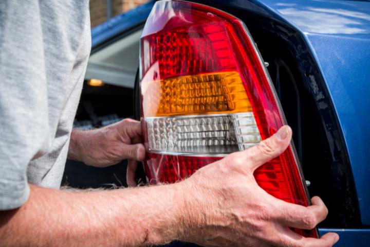 Do Brake Lights Work When Car Is Off